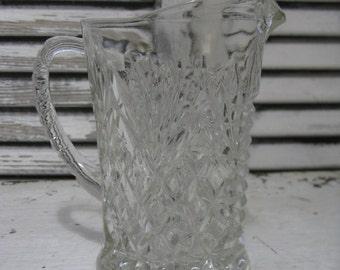 anchor hocking cream pitcher pineapple pattern