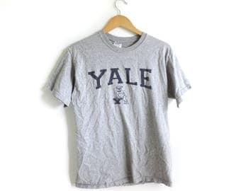Vintage Yale Short Sleeve Gray & Navy Shirt || Size MEDIUM