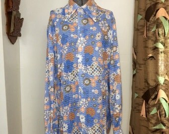 Vintage 70s Butterfly Collar Shirt // Funky Floral Pattern // Blue Orange White Psychedelic Print // Size L