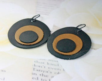 EARRINGS LEATHER BLACK/Brown Light Weight