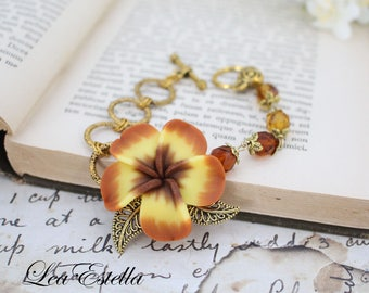 Autumn Flower Bracelet, Fall accessories, Warm Caramel bracelet, Gold bohemian bracelet, Antique gold Floral Bracelet - Burnt Butter