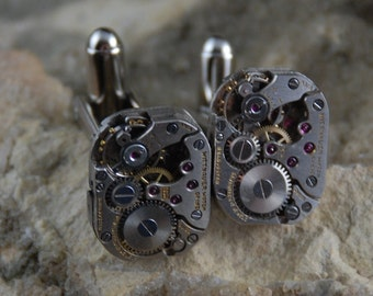 Beautiful Pair of 17 Jewels Steampunk Square Wittnauer Watch Movement Cuff links CL 57