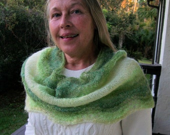 Green Lacy Cowl, Green Infinity Scarf