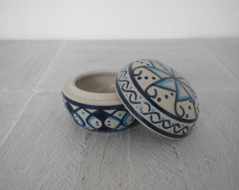 Vintage ring box/ Mexican pottery/ blue and white design/jewelry holder