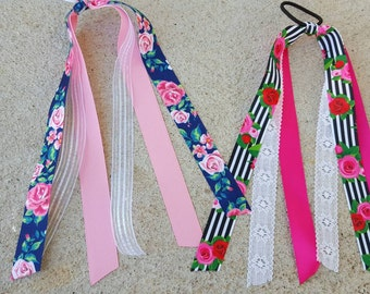 rose bouquet streamer bows
