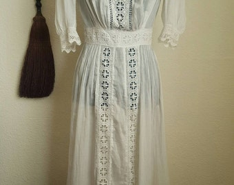 SALE 1910s Antique White Cotton Edwardian Tea Dress, Size Small