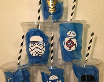 Star Wars inspired plastic cups 32 cups (16oz) ... Great for parties, birthdays, celebrations