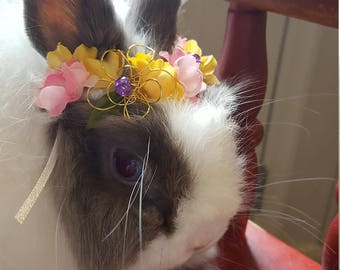 Wire flower crown of gold
