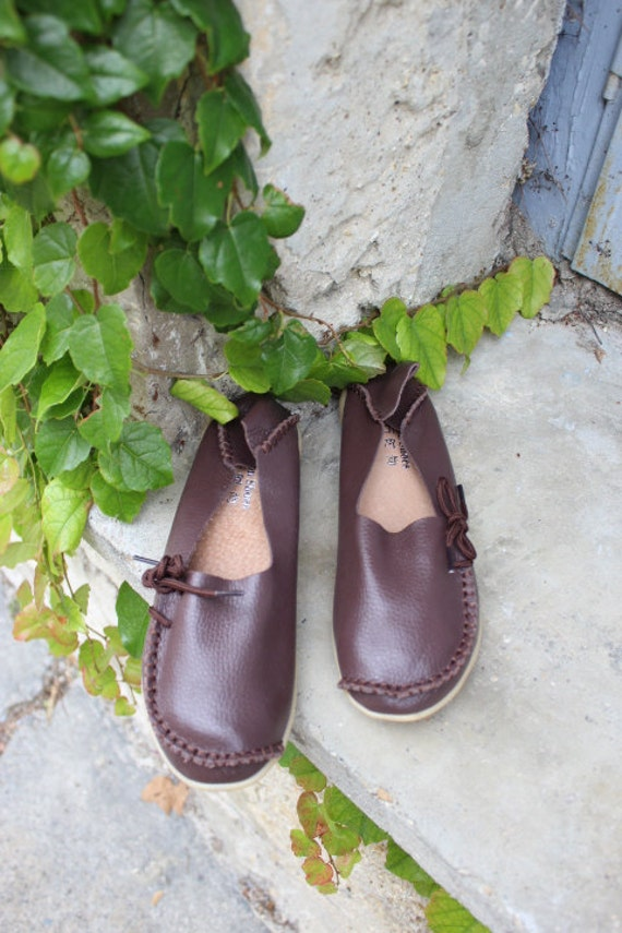 Leather shoes in Brown- size 37