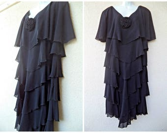 1980s Cocltail Party Dress.  80s does 20s Dress. Tiered Dress. Black Party Dress. 1920s Flapper Style Dress. Chiffon Dress, L to XL