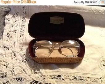 SaLe Antique Eye Glasses Shuron 1/20 12k Gold Filled with Metal Case Doctors Glasses