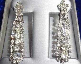 Beautiful Vintage Rhinestone Long Dangle Earrings, Wedding Earrings, Rhinestone Wedding Earrings, D & E DESIGNER Earrings possible