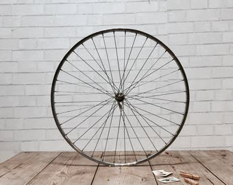 Vintage Bike Rim | Picture Display | Photos | Clothespins | Industrial Chic | Urban Style