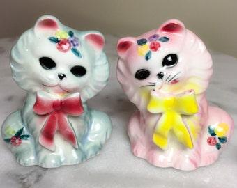 """Vintage Kitsch Blue & Pink Cat Salt Pepper Shakers Ceramic 3"""""""