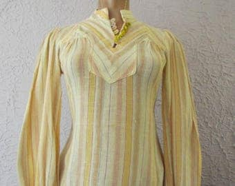 70's Vintage Hippie India Striped Gauze Blouse Hand Made Bead Buttons sm.