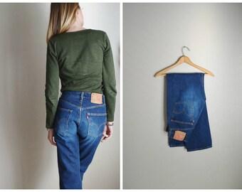 vintage 80s 501s-- dark wash denim -- button fly jeans -- ladies 28x30