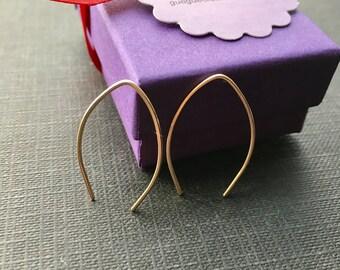 Gold Arc Earrings, Small V Earrings, 14K Gold Filled Hoop, Minimalistic Gold Wire Earrings