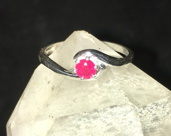 Ladies Ruby ring, Sterling Silver natural Ruby Ring. Authentic ruby ring.solitaire ruby ring.