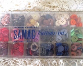 Vintage SAMAC Button Case with Buttons New York Multi Color