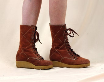Womens Chukka Boots * Rust Suede Boots * 70s Suede Boots * Boho Boots * 70s Ankle Boots * Gummy Boots * Chunky 70s Boots * Size 7