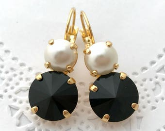 MONOCHROME Earrings // Swarovski Crystal Jet Black Pearl Earrings // Black and White Bridesmaids Earrings