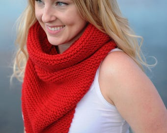 Cowl,Red Cowl,Red Scarf,Neckwarmer,Oversized Scarf,Chunky Scarf,Boho Scarf,Knit Cowl,Cowl Scarf,Red Knit Cowl,Chunky Knit,Chunky Knit Cowl