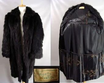 rare vintage 30s 40s. Black Fur Coat. Skunk or American Sable Fur Coat. Real Fur Coat. Genuine Fur Coat. Embroidered Satin LIning. Size S