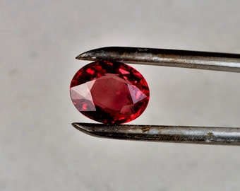Wholesale Red Ruby 1.29 Carats Oval for Engagement Ring