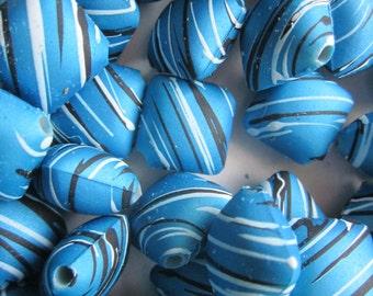 18mm Turquoise Rubberized Acrylic Beads 16 Beads
