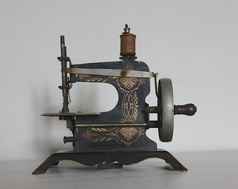 Antique French Childs Toy Sewing Machine, Parisian Baby Metal Sewing Machine, 1930s