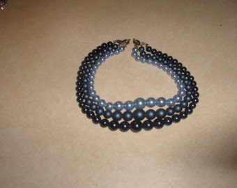 vintage necklace triple strand shades of blue lucite