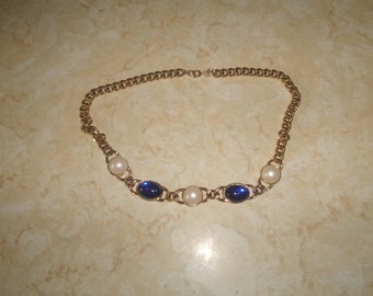 vintage necklace goldtone chain faux pearls blue glass