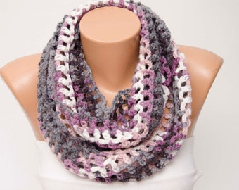 SALE infinity Crochet scarf, knit loop scarf,lila grey