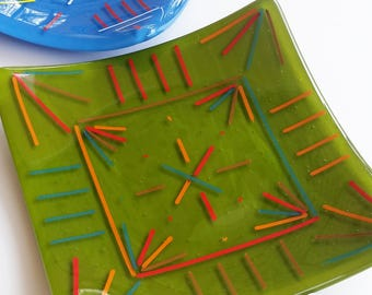 Geometric Glass Plate, Four Directions, Custom Color and Size