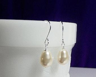 30% OFF SALE thru 2-28 Swarovski Cream Creme Pearl Drop Earrings, Wedding Bridesmaid Valentines Mothers Day Mom Sister Birthday Jewelry Chri
