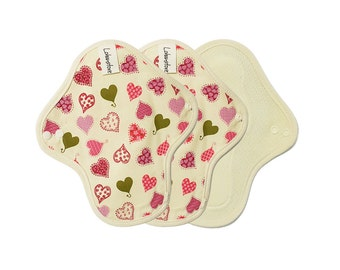 "8"" Washable Cotton Cloth Menstrual Pads / Sanitary napkin /  cloth pad pattern / cloth pads set / Light flow pads - 3 mini pads (Pink heart)"