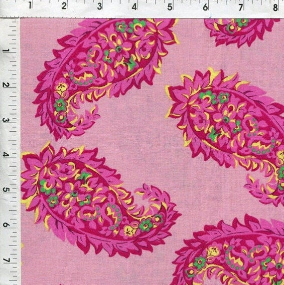 Pink Paisley Flower Fabric VIP for Cranston 100% Cotton Lightweight Shirting Apparel Sewing Craft Tossed Paisley Flowers on Pink