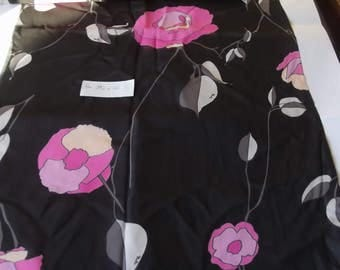 Vintage Pucci fabric, 70s Emilio Pucci fabric flowers, silk chiffon fabric, silk fabric, Pucci scarf, floral fabric, Made in Italy