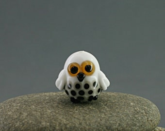 Polar owl Bead miniature sculpture figurine lampwork / fairy moss garden supply kit terrarium decoration accessory glass tiny bird
