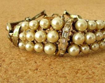 vintage 50s coro pearl and baguette rhinestone braclet gold tone hinged bracelet