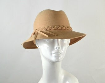 1950s Cream Felted Wool Ladies Fedora by Evelyn Varon Exclusive