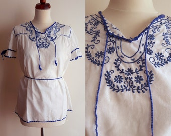 Vintage Peasant Blouse - 1970's  Embroidered Blouse  - Size S