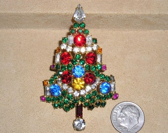 Vintage Signed Warner Rhinestone Christmas Tree Brooch 1960's Xmas Pin Jewelry 10094