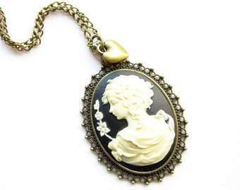 Kette,Kette Camee,Cameo Necklace,Romantic Vintage Style necklace,black and cream,flower necklace,Vintage cameo necklace