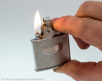 Working British Ronson Cadet Chrome Pocket Lighter