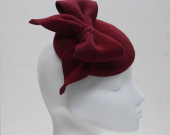 The Bloody Mary Hat - Red Arty Bow Fascinator - Hat for Races