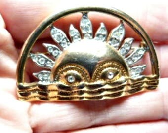 Vintage Two-tone Rising Sun Brooch