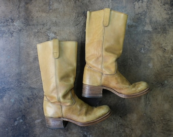 10 1/2 / Men's Campus BOOTS / Buttery leather Boot / Vintage Men's Shoes
