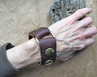 Brown Punk Cuff SM Brass Ring