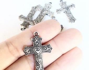5pc detailed crosses with heart and swirls lot antiqued silver color religious crucifix pendants
